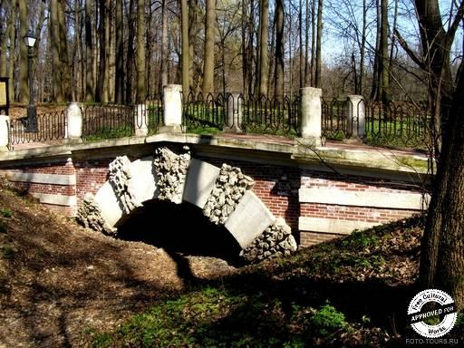 Царицыно. Мост через овраг