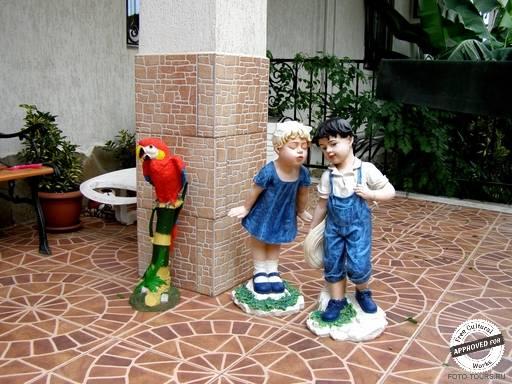 Гостиница «МАШУК». Садовые скульптурки в отеле МАШУК