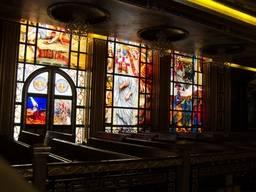 Мозаичные витражи в Коптской ортодоксальной церкви