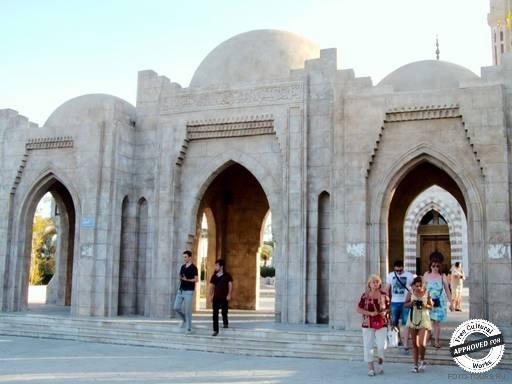 Мечеть Эль-Мустафа. Вход  мечети Эль-Мустафа