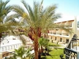 Вид с балкона 4-го корпуса в отеле Xperience Kiroseiz Parkland