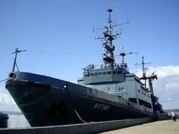 Корабли и лодки