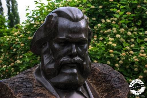 Карл Маркс. Меркулов С.Д., Портрет Карла Маркса, 1939, гранит