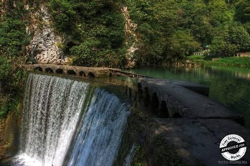 Искусственный водопад. Искусственный водопад