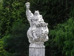 Скульптура Нептуна