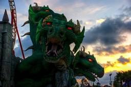 Аттракцион Змей Горыныч