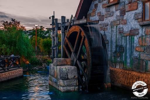 Сочи-Парк. Водяная мельница
