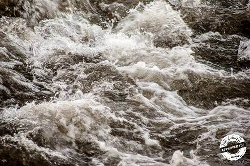 Река Ала-Арча. Бурные потоки реки Ала-Арча